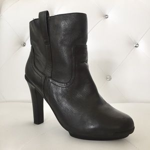 Kenneth Cole Reaction Genuine Leather Black Boots